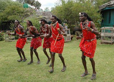Masai_friends